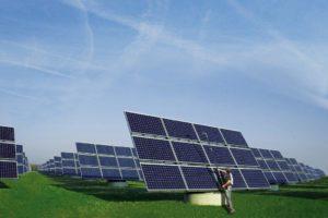 Zonnepanelen reinigen door schoonmaakbedrijf Klaas Harms